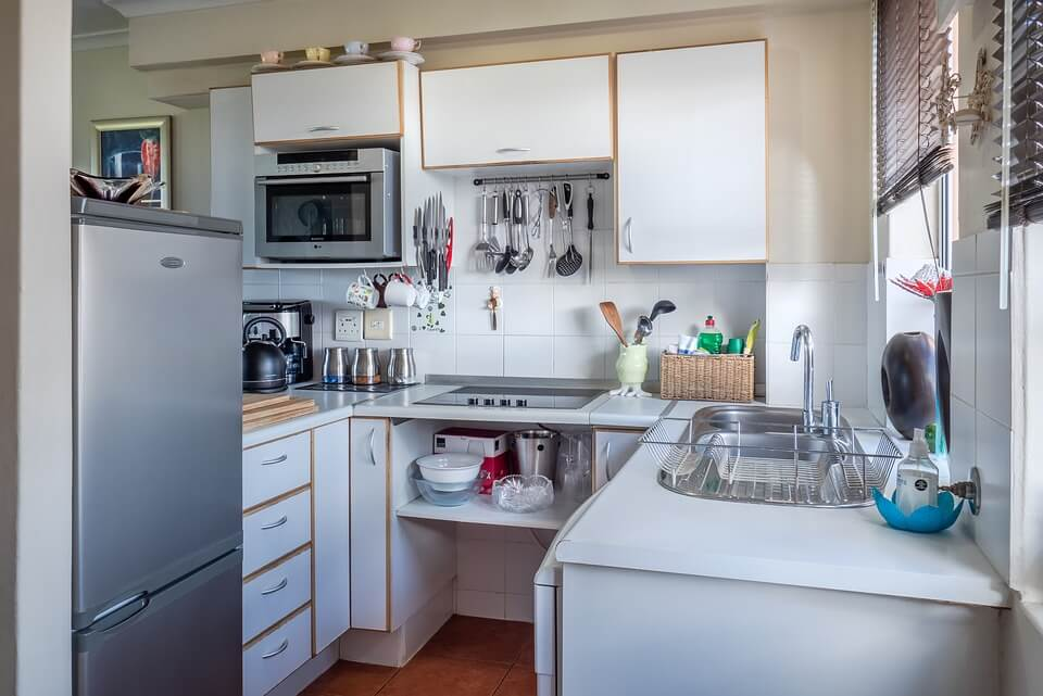 kitchen-Microwave oven